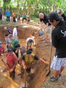 Earth adobe house, Solidarity tourism, volunter, laos