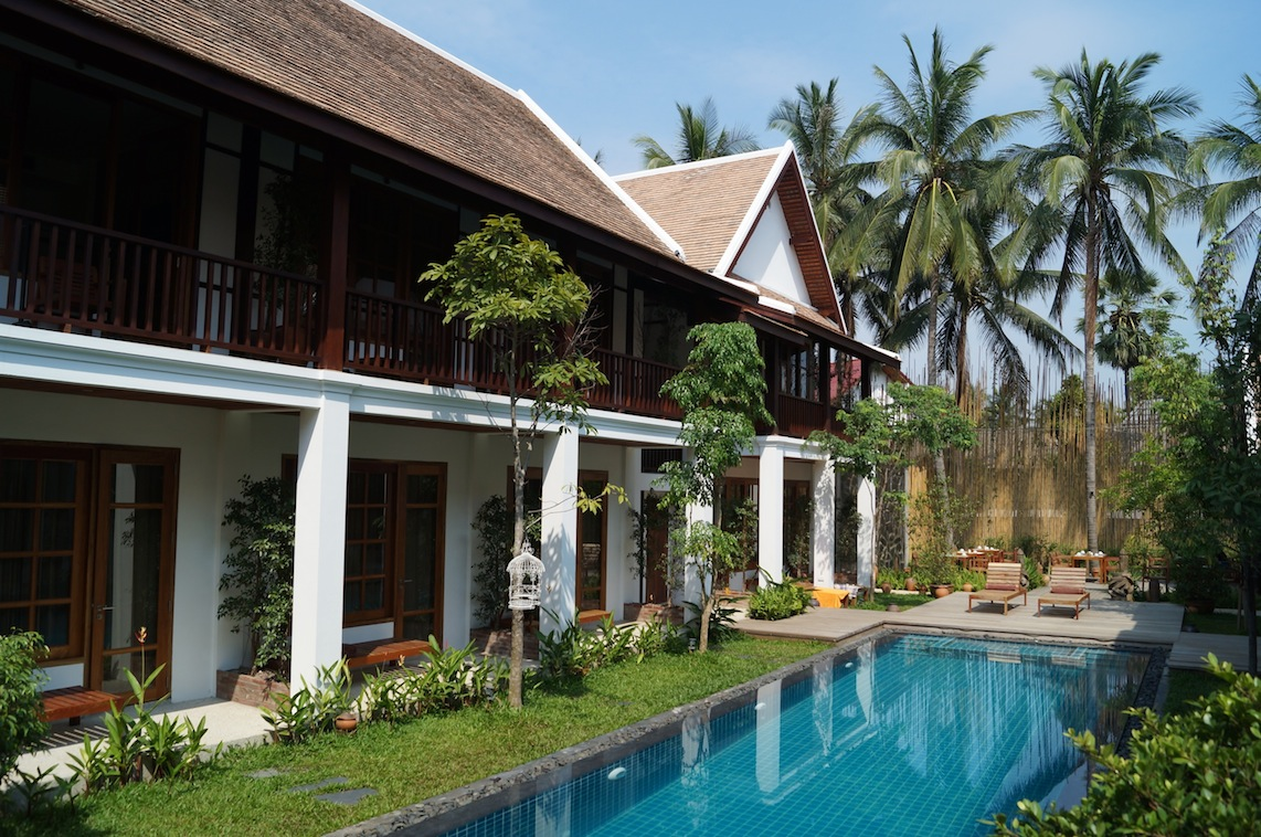 Staying at le sen hotel luang prabang explore laos for Quaint hotel