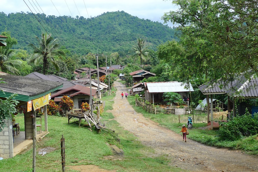 laos-bicycle-tour-luang-prabang-vang-vieng-tiger-trail-690