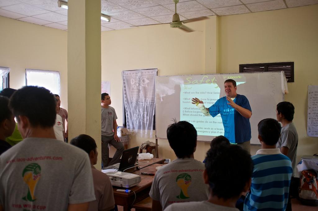 Laos-Tour-Guide-Luang-Prabang-Workshop