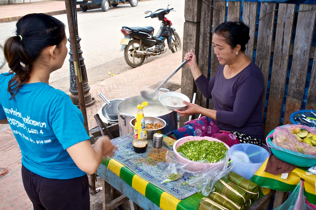 Laos-Luang-Prabang-Sisavangvong-Best-Breakfast-Rice-Soup