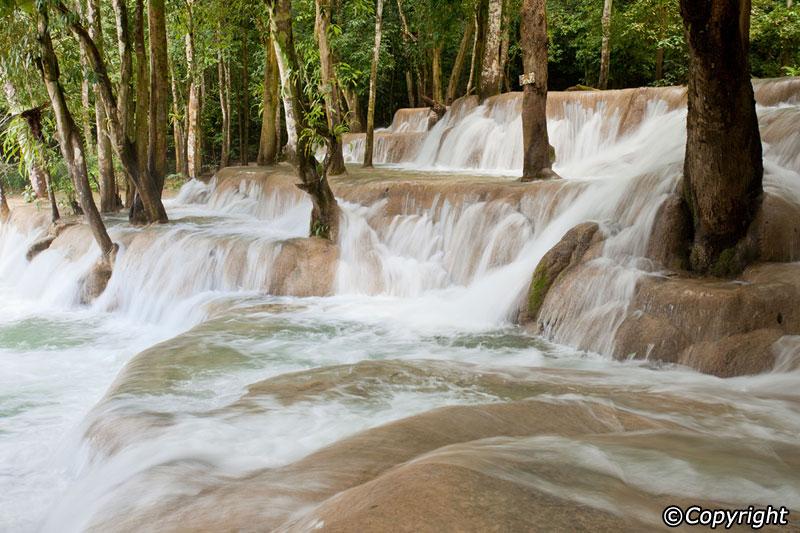 tad-sae-waterfall-2