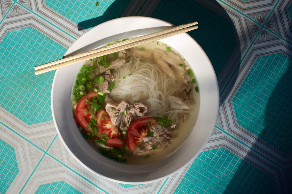 Laos-Lao-Food-Vietnamese-Noodle-Soup-Pho-Phor-Tiger-Trail-Photo-By-Cyril-Eberle