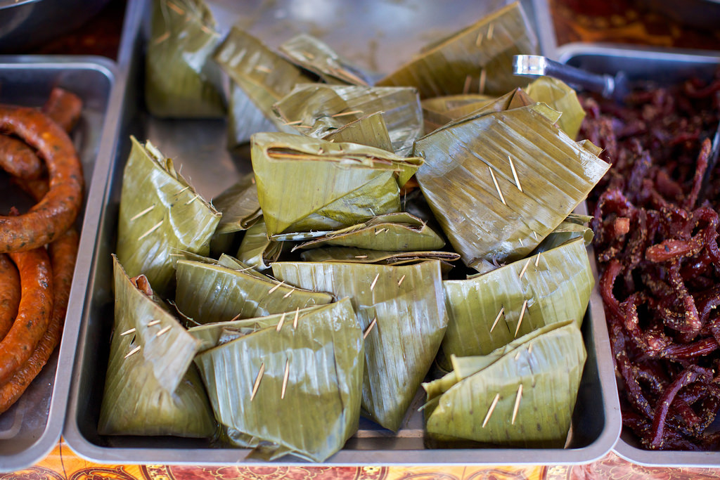 Laos-Lao-Food-Steamed-Fish-Banana-Leaf-Mok-Pa-Tiger-Trail-Photo-By-Cyril-Eberle