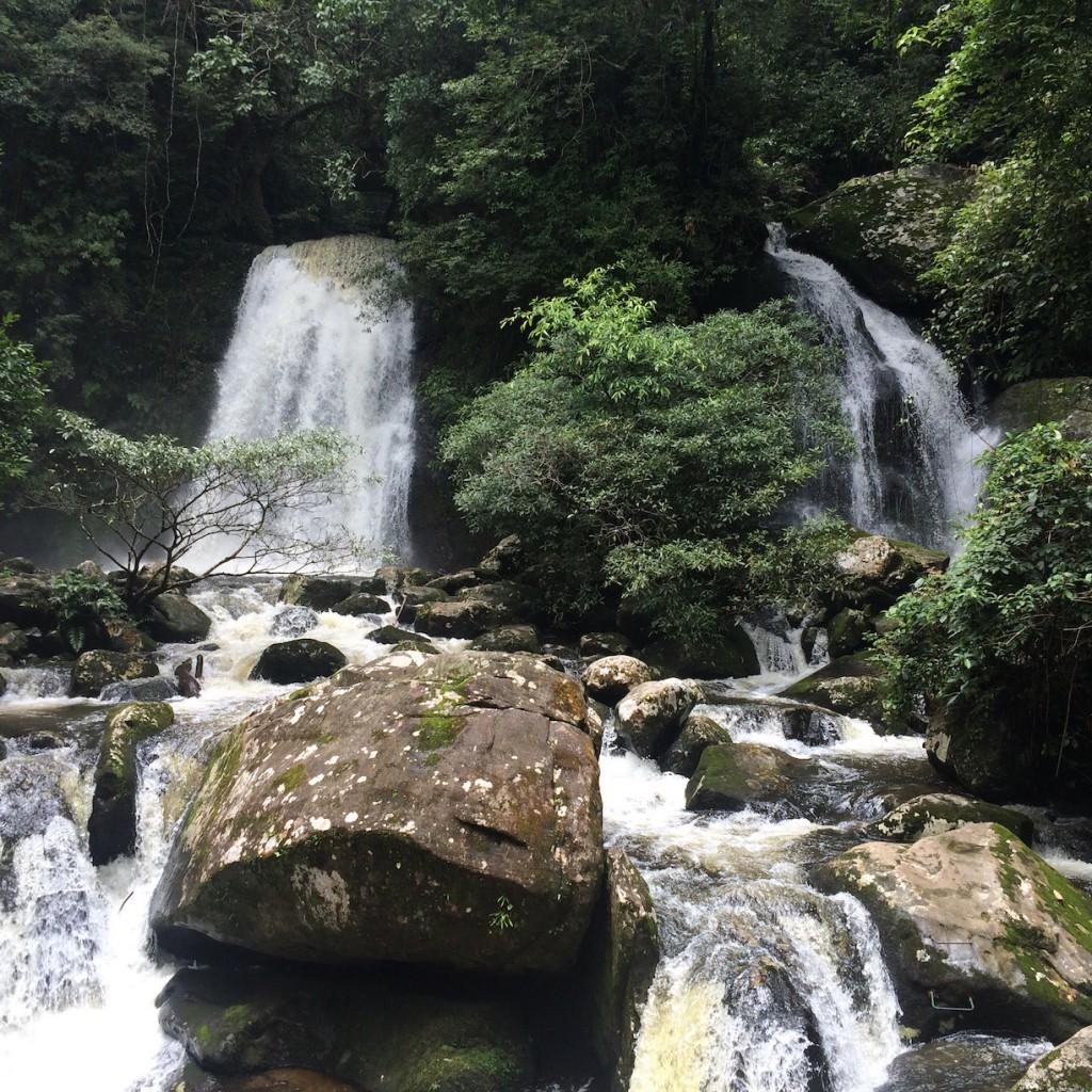 Laos Travel Tip Udomxay North Laos Nam Kat waterfall